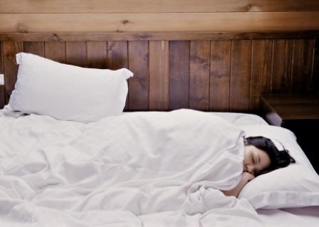 dormir en la cama